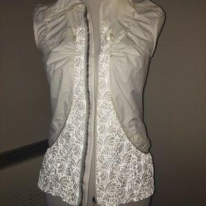 Lululemon Velocity Vest White Size 4 Reflective